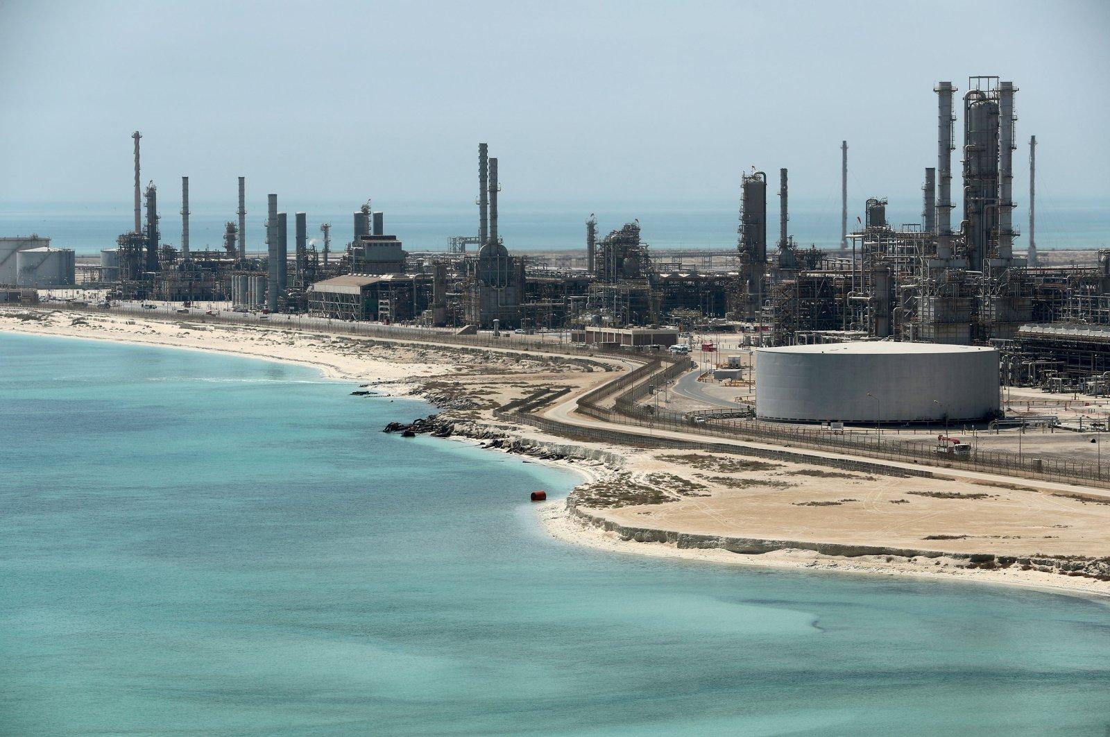 General view of Saudi Aramco's Ras Tanura oil refinery and oil terminal in Saudi Arabia, May 21, 2018. (REUTERS Photo)