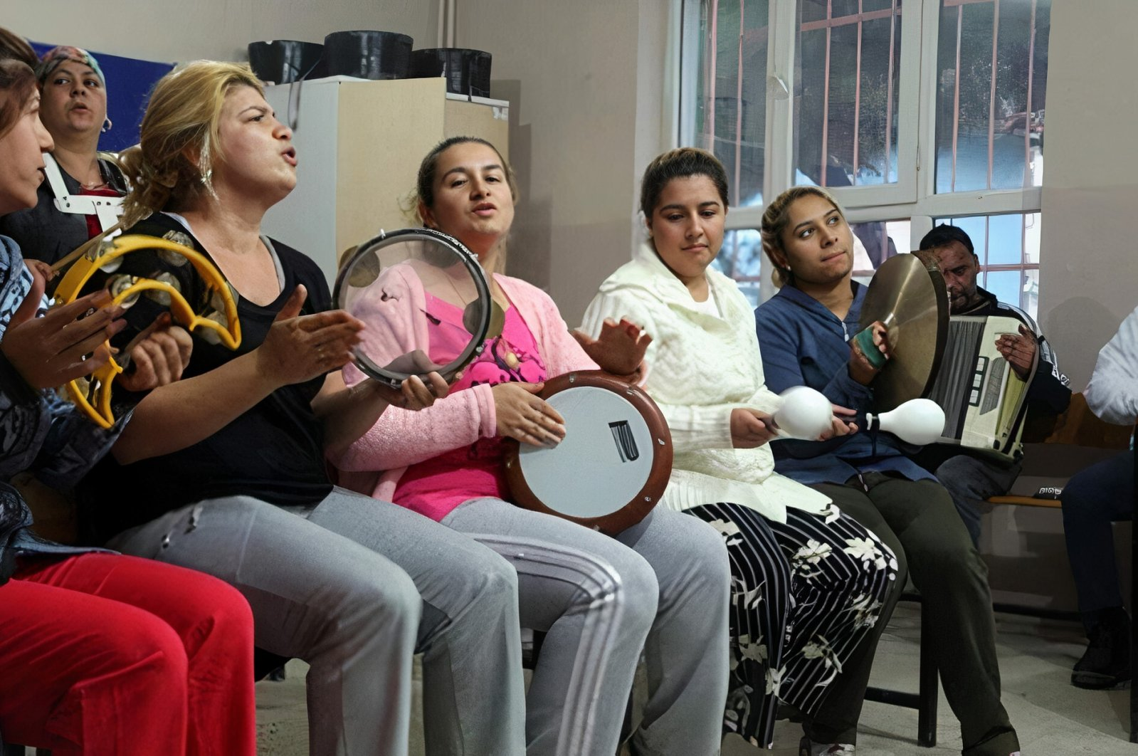 Roma women attend a music class, part of a training program for the community, in northwestern Tekirdağ province in this undated photo. (AA Photo)