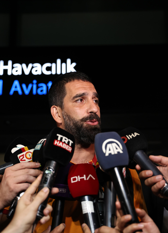 Galatasaray midfielder Arda Turan speaks to the media after arriving in Istanbul, Turkey, July 13, 2021. (AA Photo)