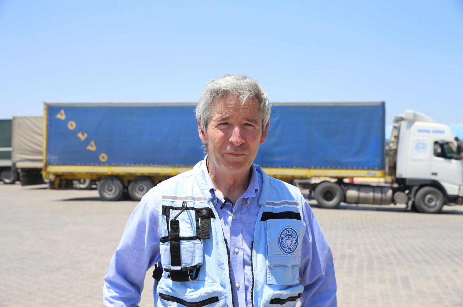 U.N. Deputy Regional Humanitarian Coordinator for the Syria Crisis Mark Cutts visits the Cilvegözü border gate in Hatay province, Turkey, July 12, 2021. (AA Photo)