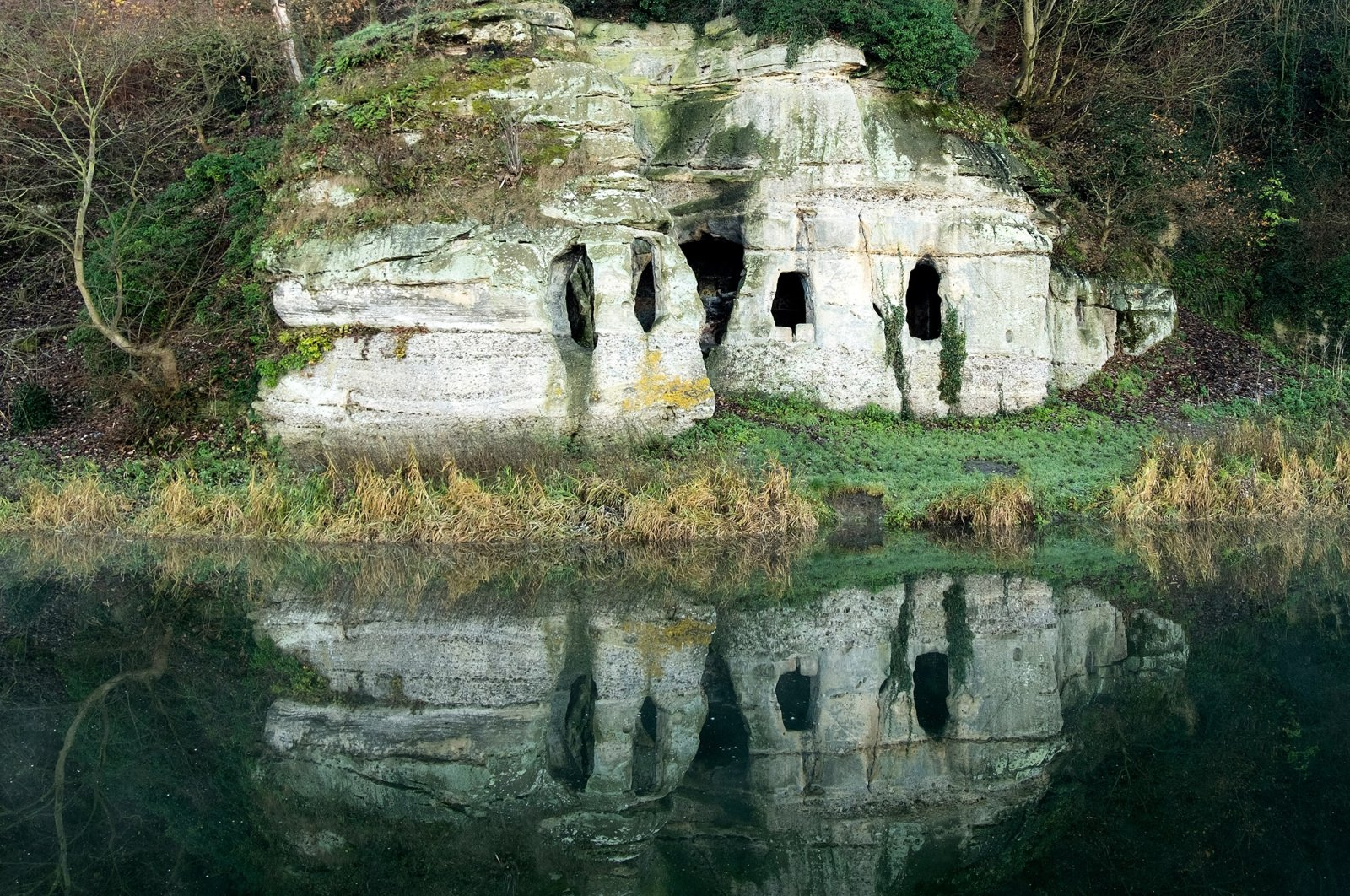 A view of Anchor Church Caves, Derbyshire, the U.K. (Shutterstock Photo)