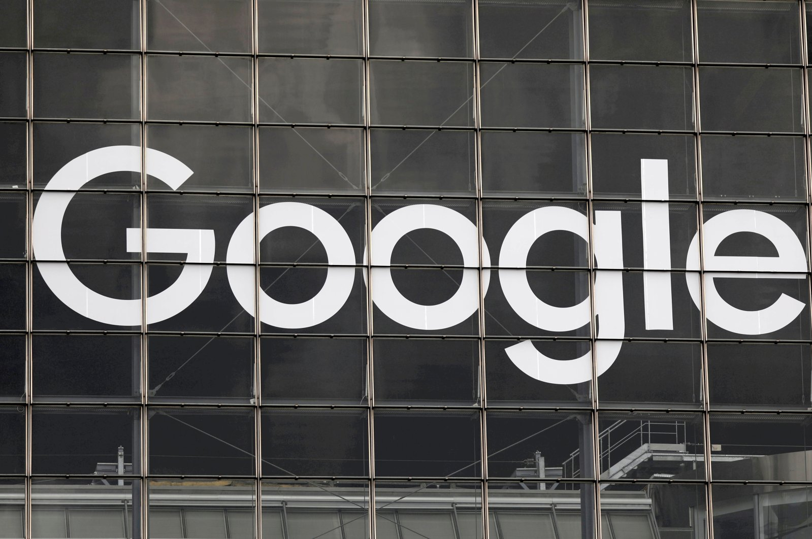 The logo of Google is seen on a building in La Defense business and financial district in Courbevoie near Paris, France, Sept. 1, 2020.  (Reuters Photo)