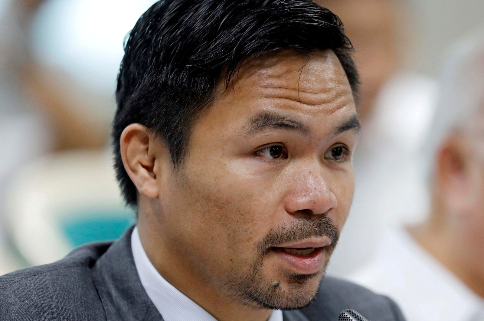 Philippine Senator and boxer Manny Pacquiao speaks during the Congressional confirmation hearing of Environment Secretary Regina Lopez at the Senate in Manila, Philippines, May 2, 2017. (Reuters Photo)