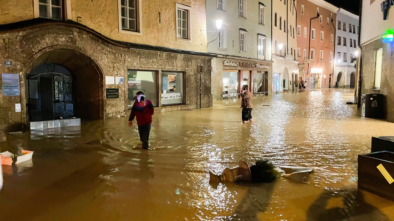 Austrian man saves Turkish neighbors from raging floods | Daily Sabah