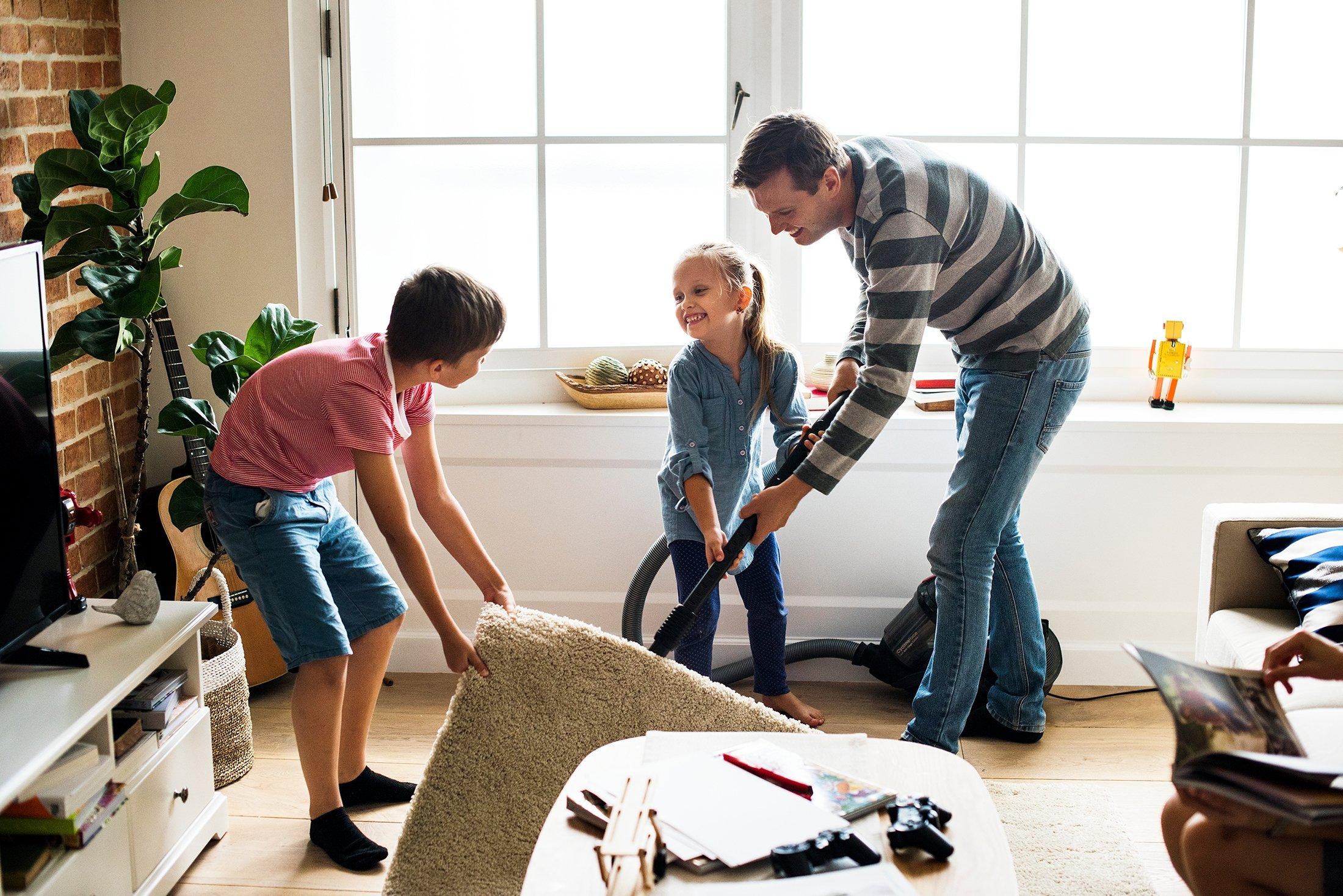Keluarga Turki membersihkan rumah mereka dari atas ke bawah sebelum bayram.  (Foto Shutterstock)