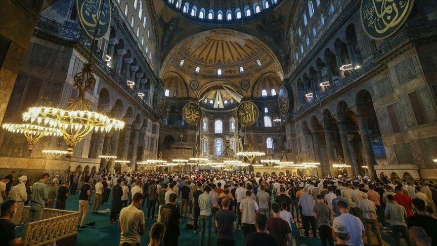 Interior of Hagia Sophia Grand Mosque with a crowd of visitors, in Istanbul, Turkey, July 23, 2021. (AA PHOTO)