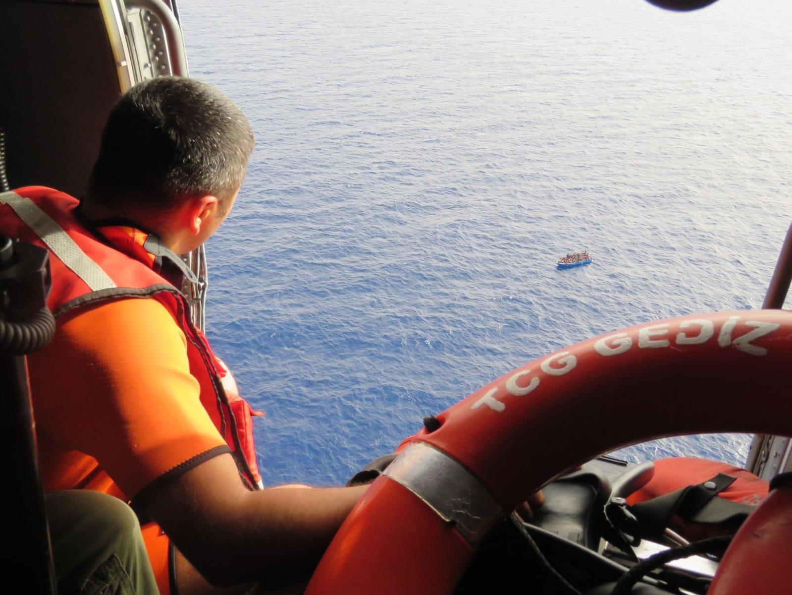 Turkey's TCG Gediz Frigate is on a mission rescuing migrants in the Mediterranean, July 18, 2021 (AA Photo)