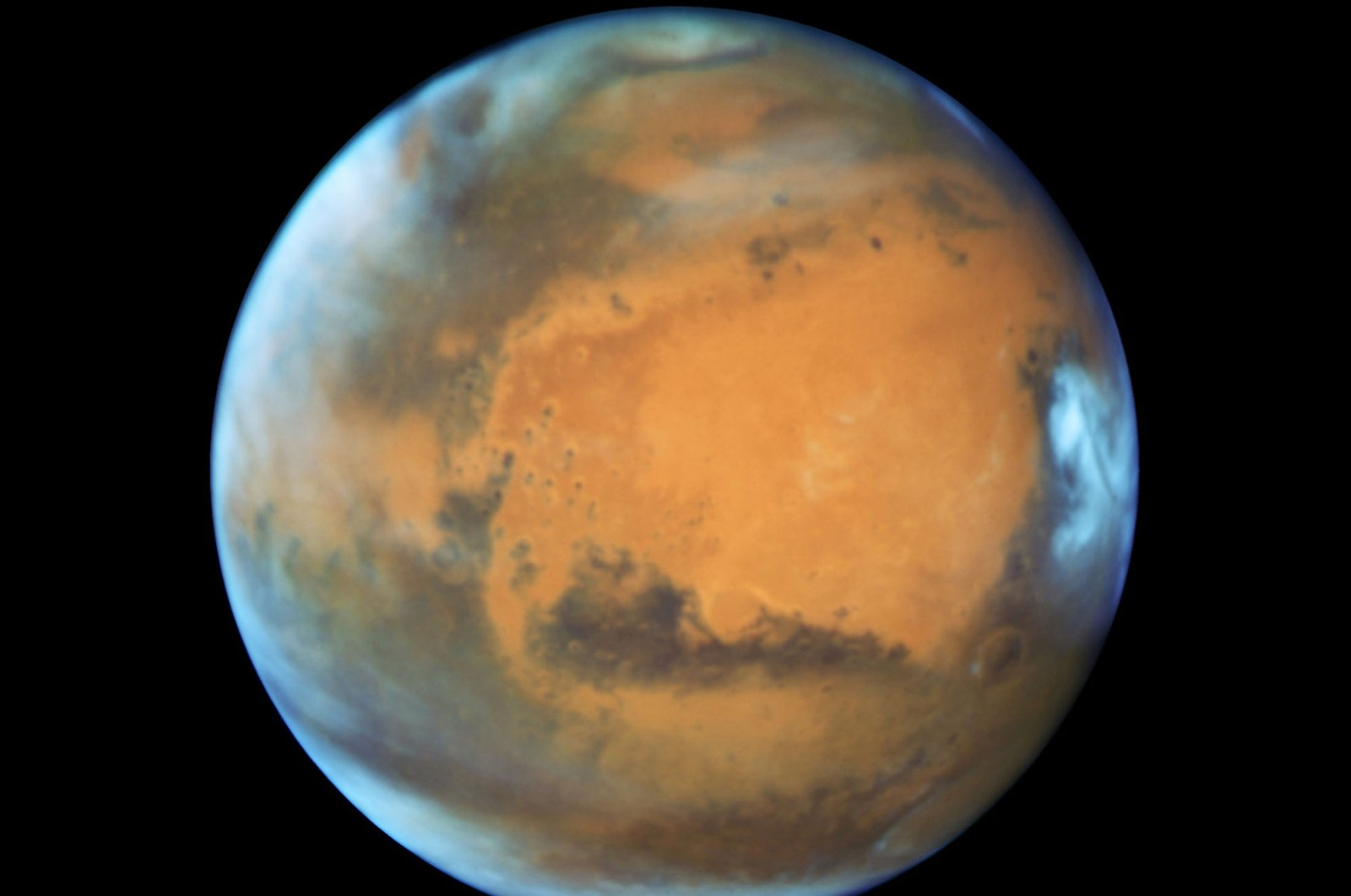 The planet Mars is shown in this NASA Hubble Space Telescope view taken May 12, 2016, when it was more than 80 million kilometers (50 million miles) from Earth. (NASA via Reuters)