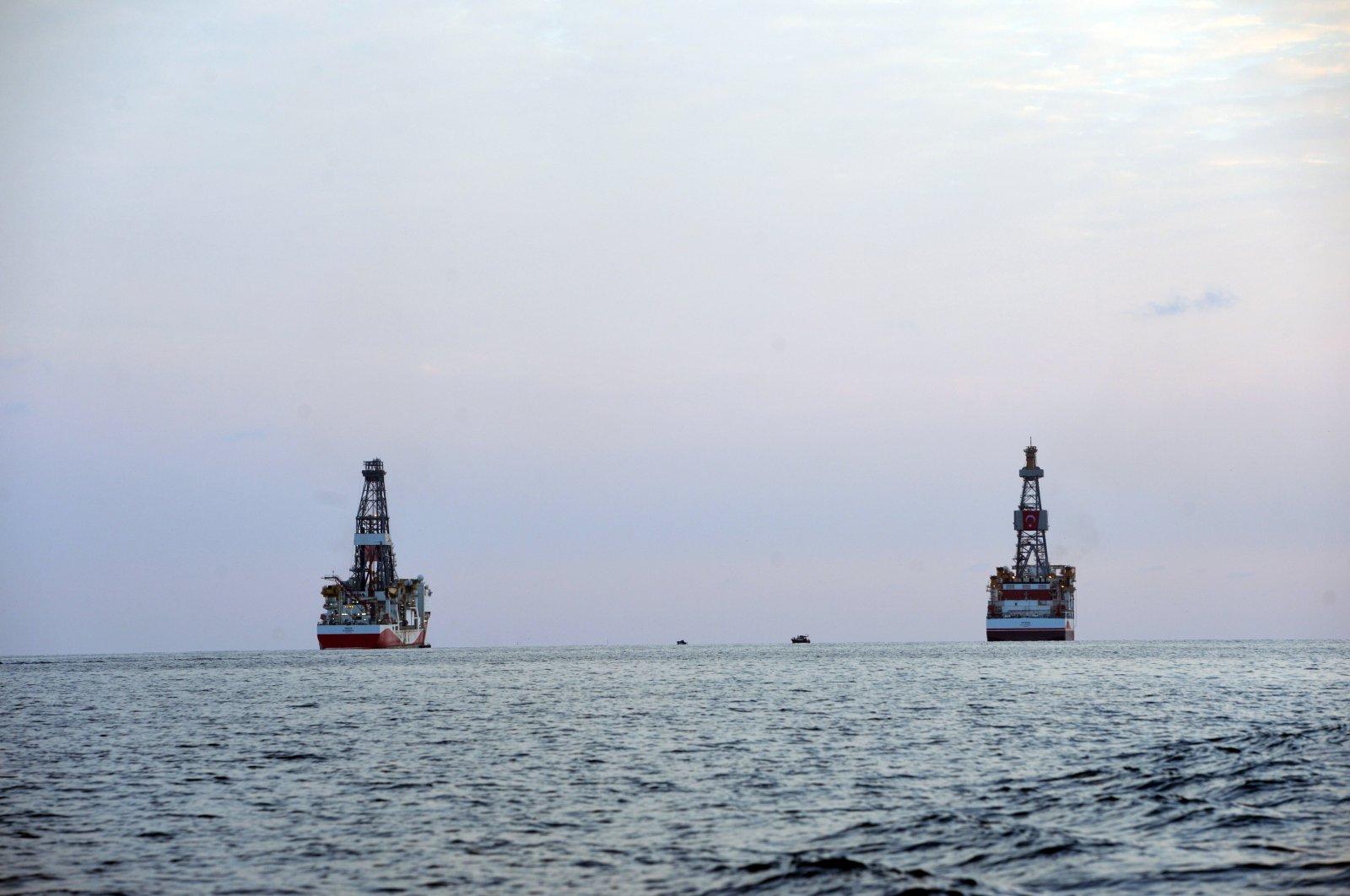Turkey's Kanuni (R) and Yavuz drilling ships arrive at Taşucu Port in Mersin, southern Turkey, Oct. 13, 2020. (AA Photo)