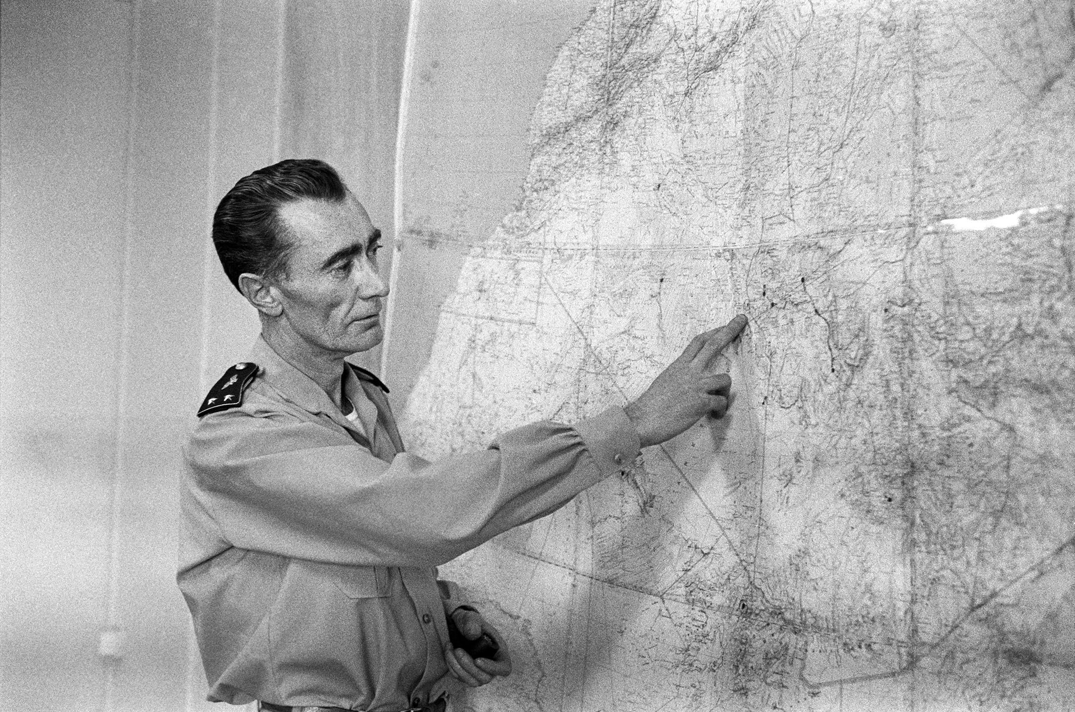 French Gen. Jean Thiry speaks to journalists about the third French nuclear test at the Reggane region in the Algerian Sahara during the operation called 'Gerboise rouge,' Dec. 27, 1960. (AFP Photo)