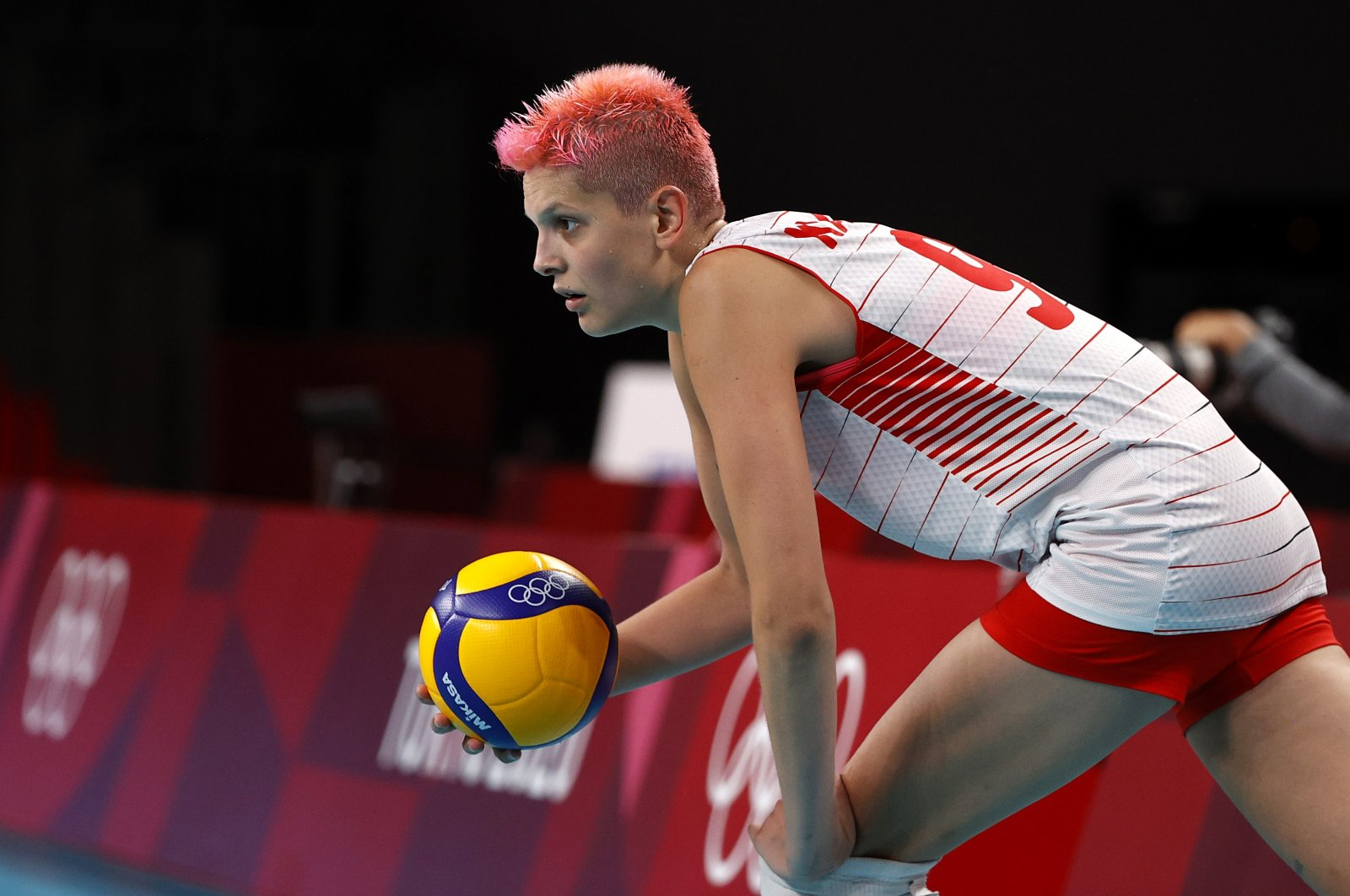 Turkey's Ebrar Karakurt in action during the women's preliminary round pool B volleyball match against USA during the Tokyo 2020 Olympic Games at Ariake Arena, in Tokyo, Japan, July 30, 2021. (Reuters Photo)