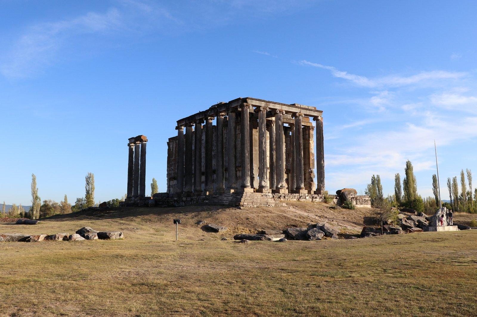 Zeus Temple's entrance found in western Turkey's Aizanoi