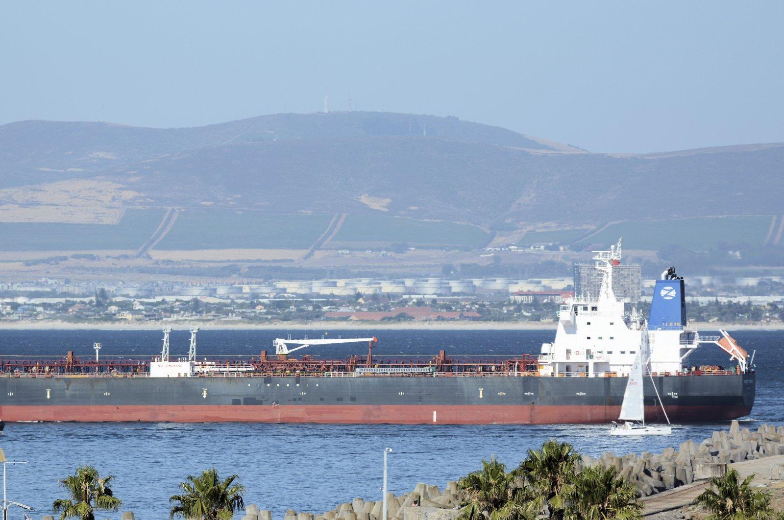 The Liberian-flagged oil tanker Mercer Street seen off Cape Town, South Africa, Jan. 2, 2016. (Johan Victor via AP)