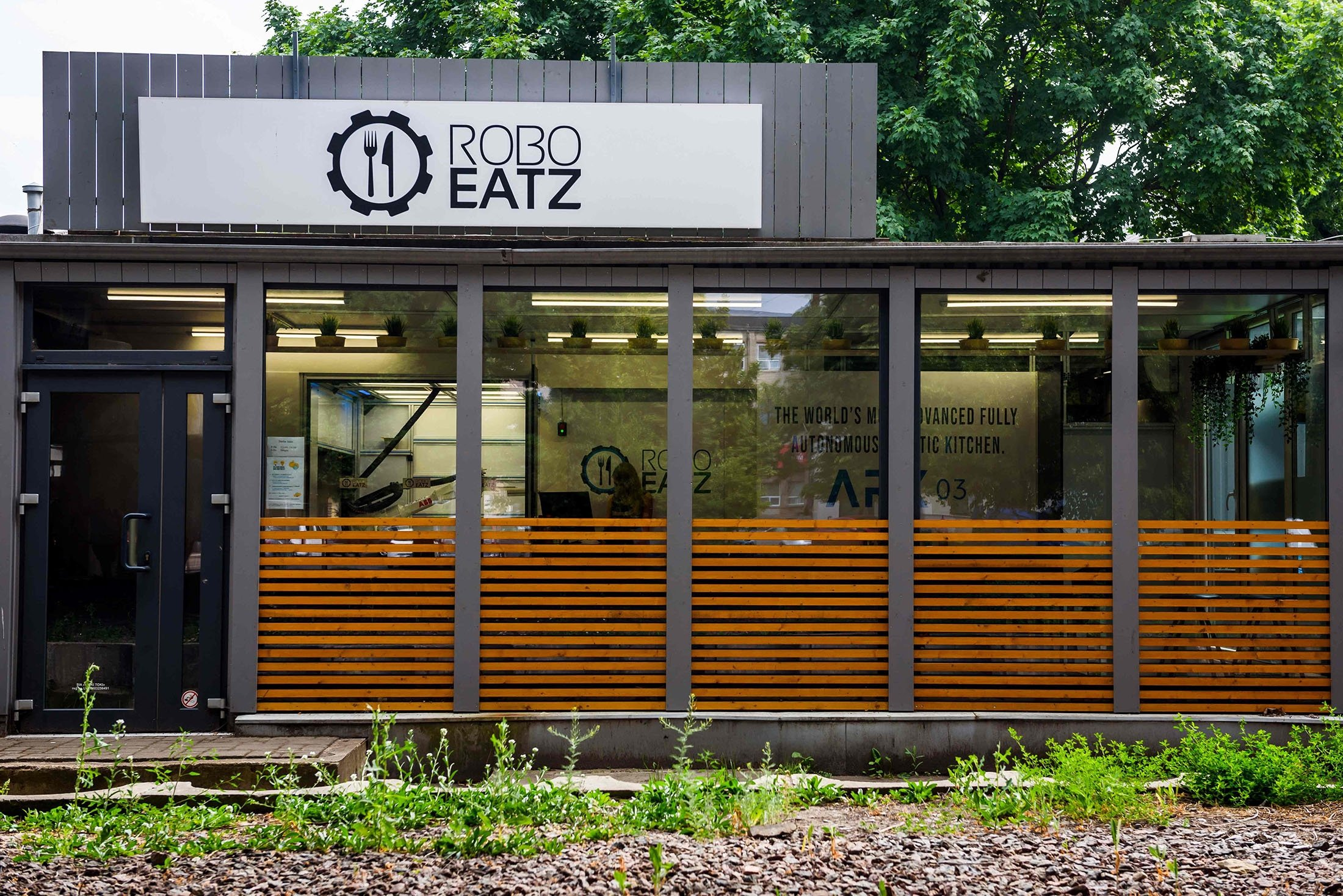 An exterior view of the Roboeatz eatery with the company