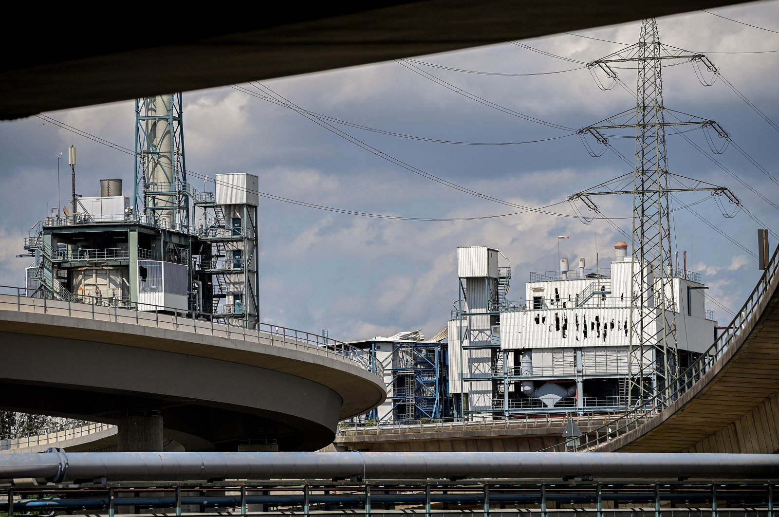 """The burst facade of the waste disposal plant near the site of an explosion at the chemical industry area of """"Chempark'"""" in Leverkusen, Germany, July 28, 2021. (EPA Photo)"""