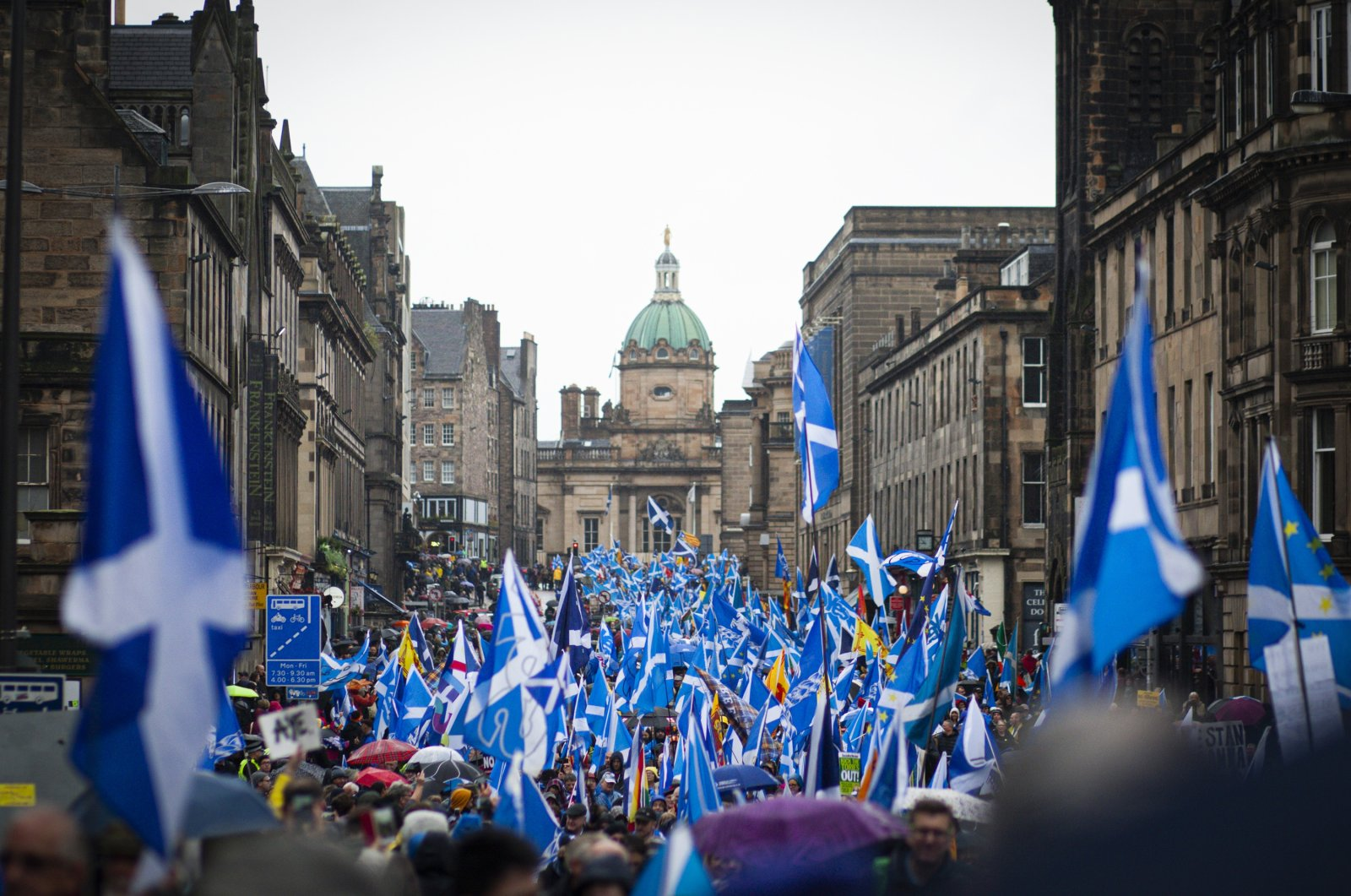 Pro-Scottish independence supporters march from Holyrood Park though the city center to The Meadows for an all under one banner (AUOB) march on October 5, 2019 in Edinburgh, Scotland. (Getty Images)
