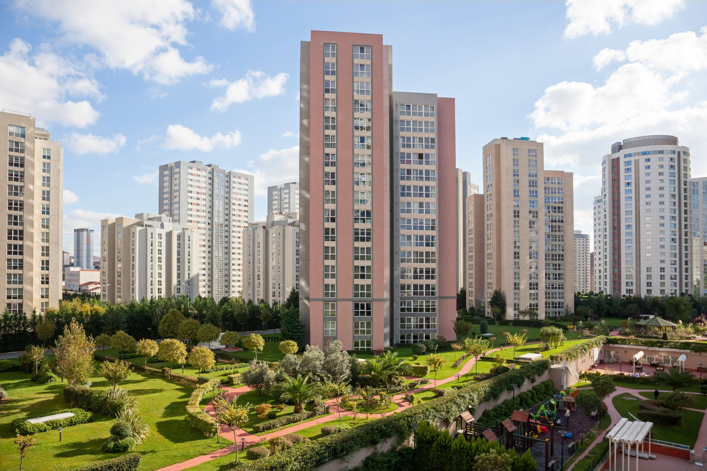 General view of apartment blocks in Istanbul, Turkey. (Shutterstock Photo)
