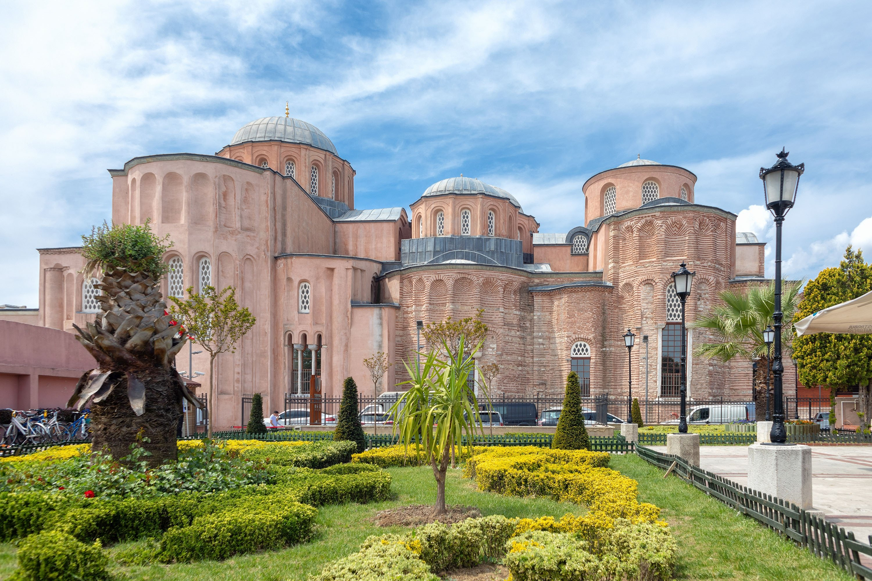 Zeyrek Mosque or Monastery of the Pantocrator, in the Fatih district, Istanbul, Turkey, May 1, 2019. (Shuttershock)
