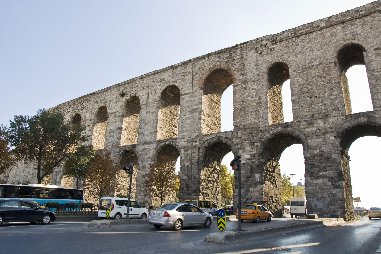 Valens Aqueduct or Bozdoğan Kemeri, in the Kalenderhane district, Istanbul, Turkey, Sept. 22, 2013. (Giovanni Mereghetti via Getty Images)