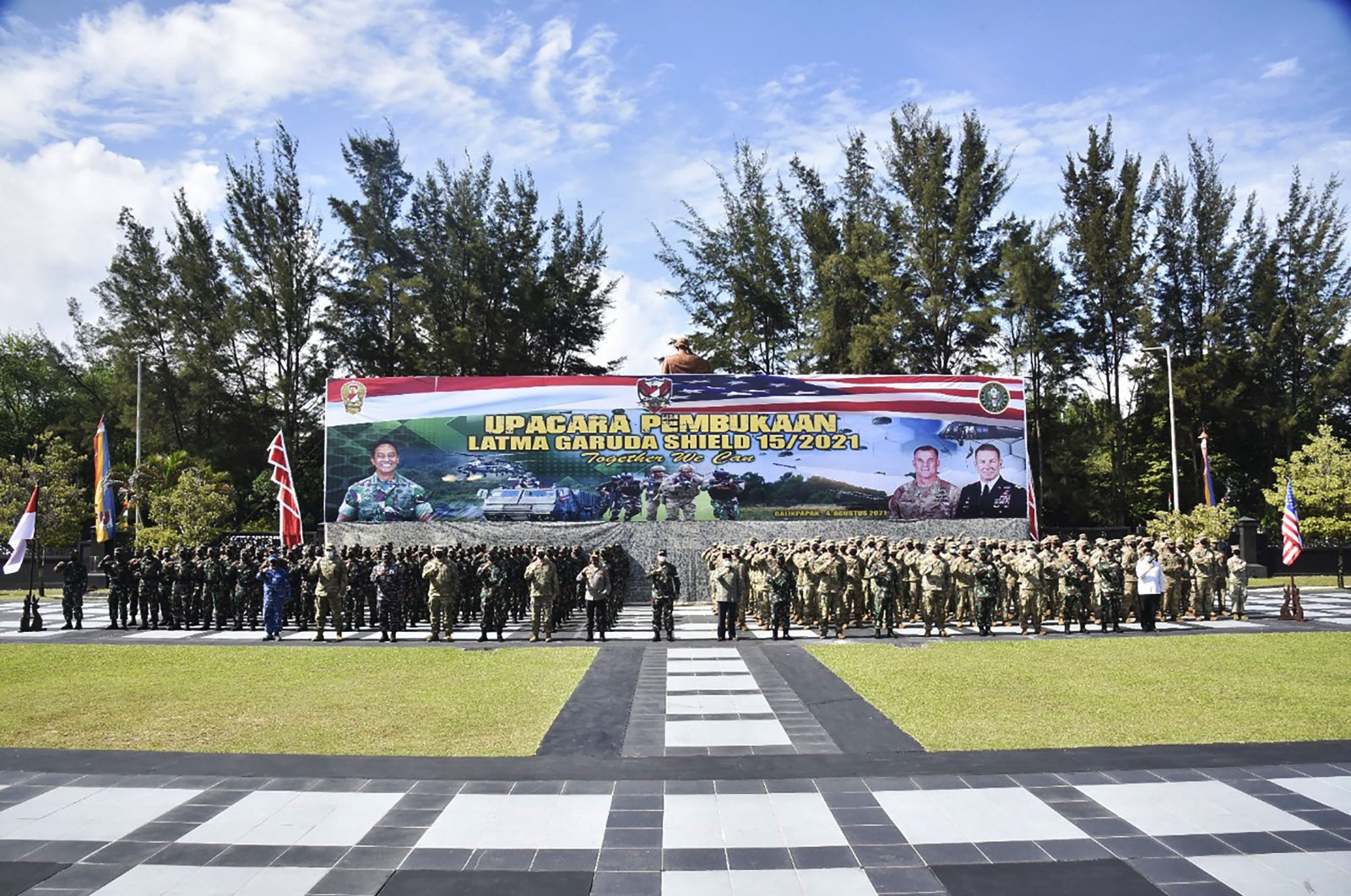 A roll call with Indonesian and U.S. soldiers kicks off the Garuda Shield joint exercise at the Mulawarman headquarters in Balikpapan, East Kalimantan, Indonesia, Aug. 4, 2021. (Indonesian army handout via AFP)