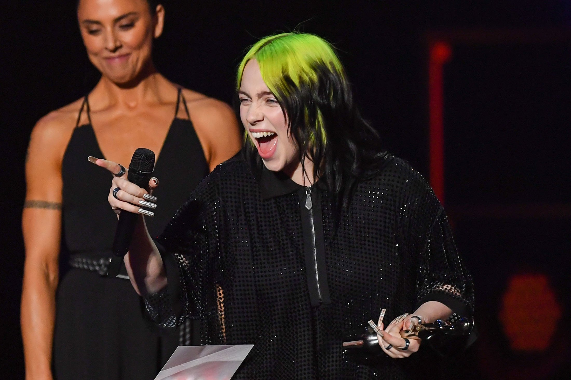 Melanie C (L) presents Billie Eilish with the International Female Solo Artist award during the BRIT Awards 2020 at The O2 Arena in London, England, Feb. 18, 2020. (Getty Images)