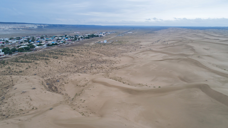 A view shows the desert landscape outside the village of Senek amid severe drought in Mangistau Region, Kazakhstan, on July 28, 2021. (Reuters Photo)