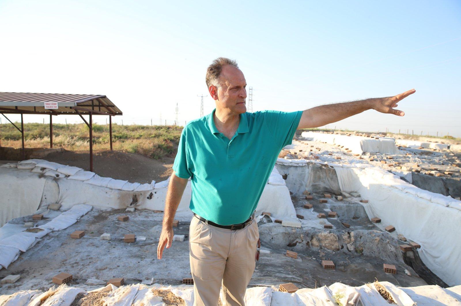 Professor Timothy Harrison in Tell Tayinat, Hatay, southern Turkey, August 8, 2021. (AA Photo)