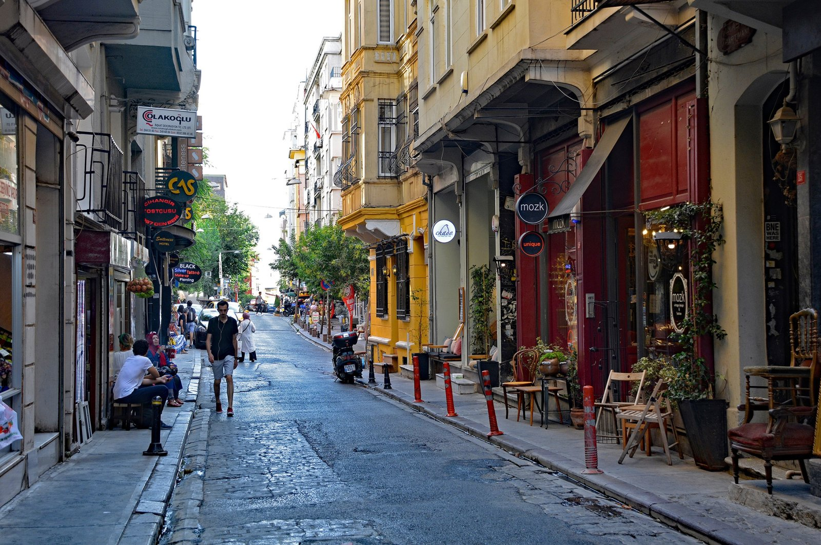 Picturesque streets in the historic Cihangir district of Istanbul. (Shutterstock Photo)