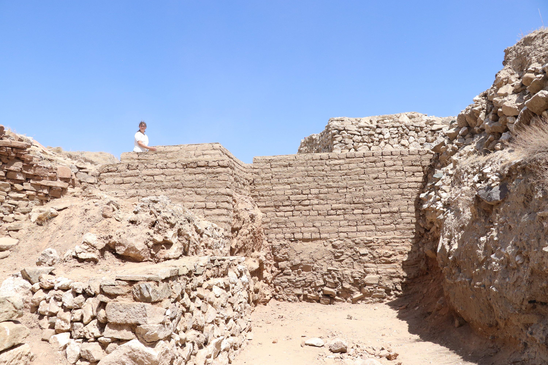 The original adobe bricks belonging to the Hittites in the Porsuk Mound, Niğde, central Turkey, August 10, 2021. (AA Photo)