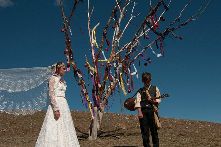 A still shot from 'Ölü Ekmeği.'