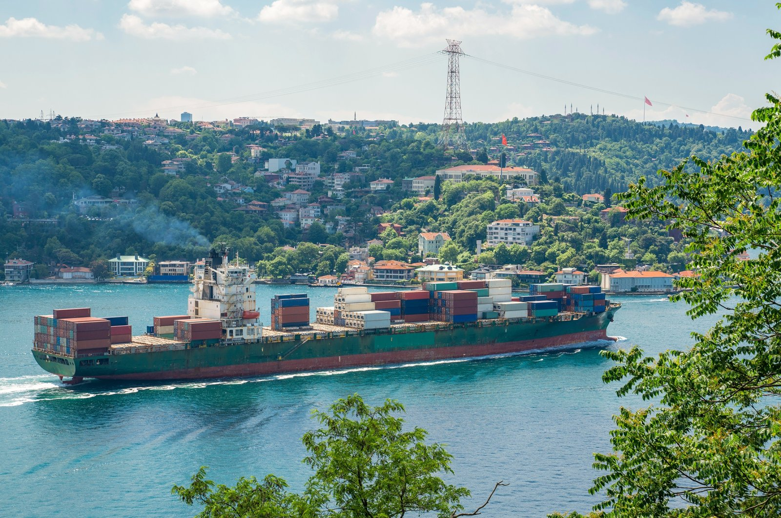 A container ship sails through the Bosporus in Istanbul, Turkey, June 23, 2021. (Shutterstock Photo)