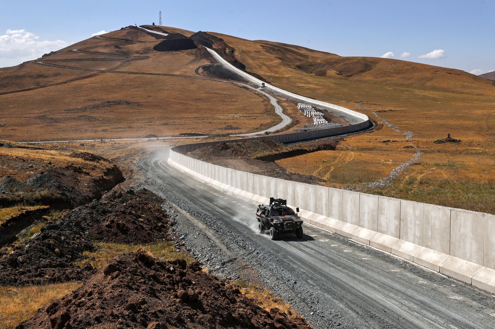 A Turkish military vehicle patrols near the Turkey-Iran border in Van province, eastern Turkey, Aug. 6, 2021. (AA Photo)