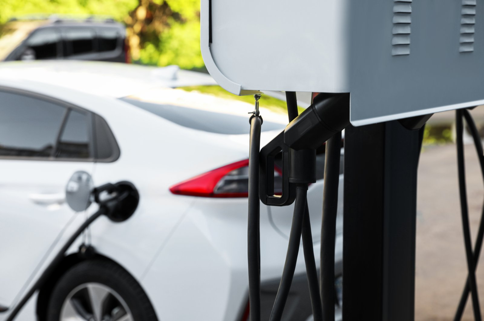 Electric vehicle charging station. (Shutterstock Photo)