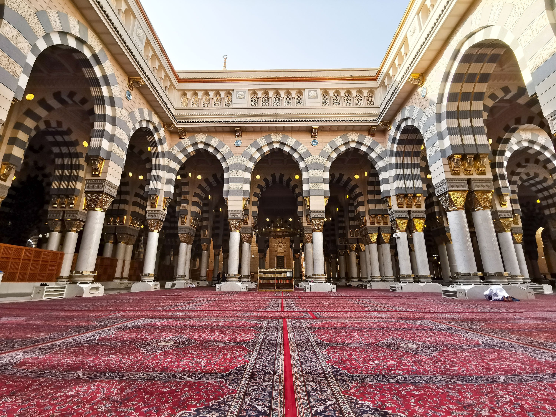 The interior of the Al-Masjid al-Nabawi (Mosque of the Prophet) where the tomb of the Prophet Muhammad is also located, Medina, Saudi Arabia, March 22, 2018. (Shutterstock Photo)
