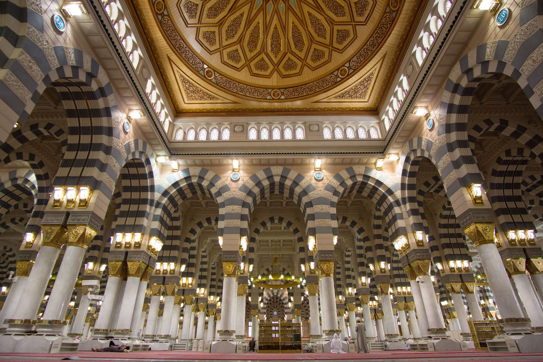 The interior of the Al-Masjid al-Nabawi (Mosque of the Prophet) where the tomb of the Prophet Muhammad is also located, in Medina, Saudi Arabia, April 19, 2016. (Shutterstock Photo)