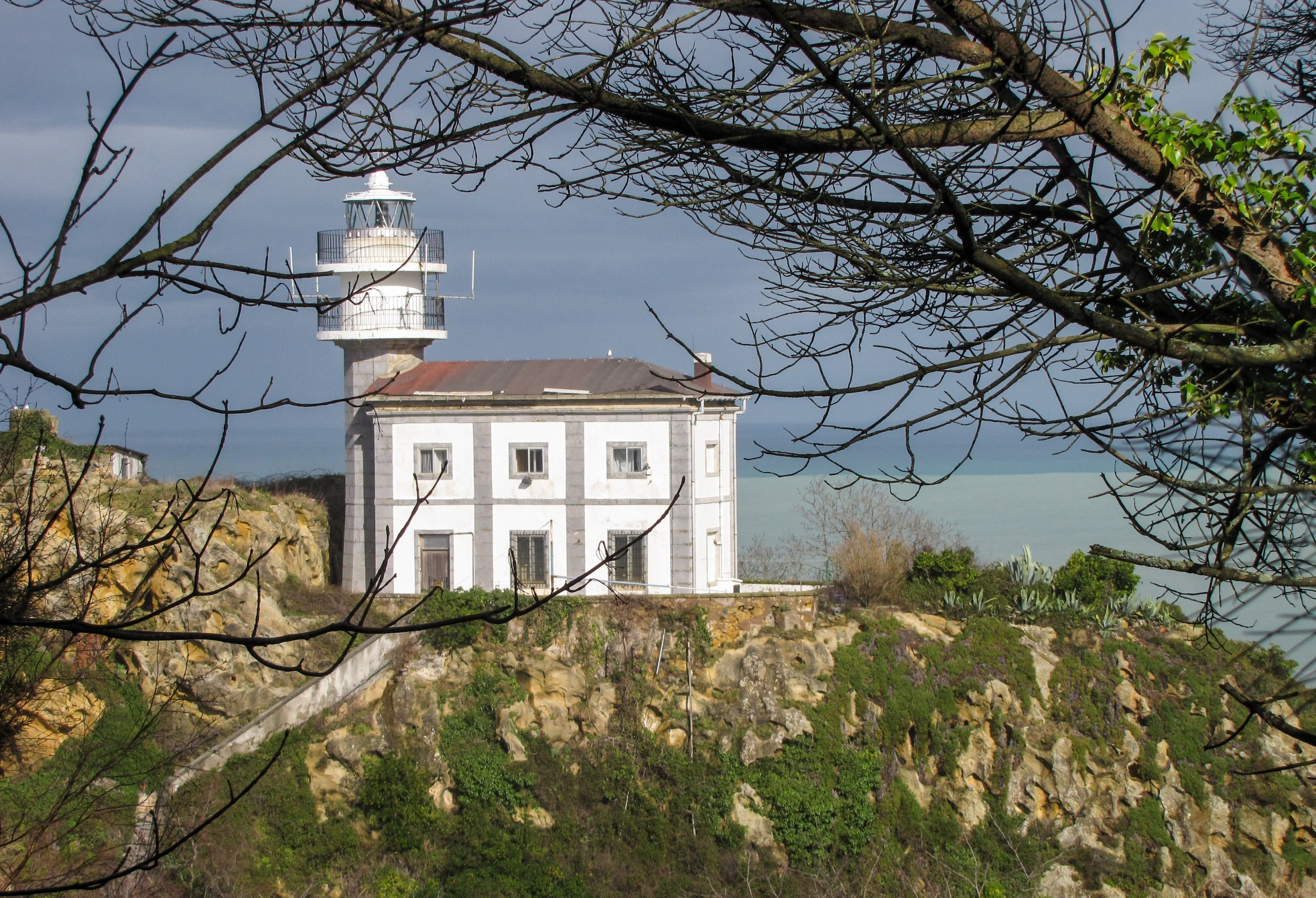 Getaria's El Raton, or 'Mouse Rock,' is the lighthouse-topped colossus towering above the wild coast that takes its name from its rodent-like shape. (DPA Photo)