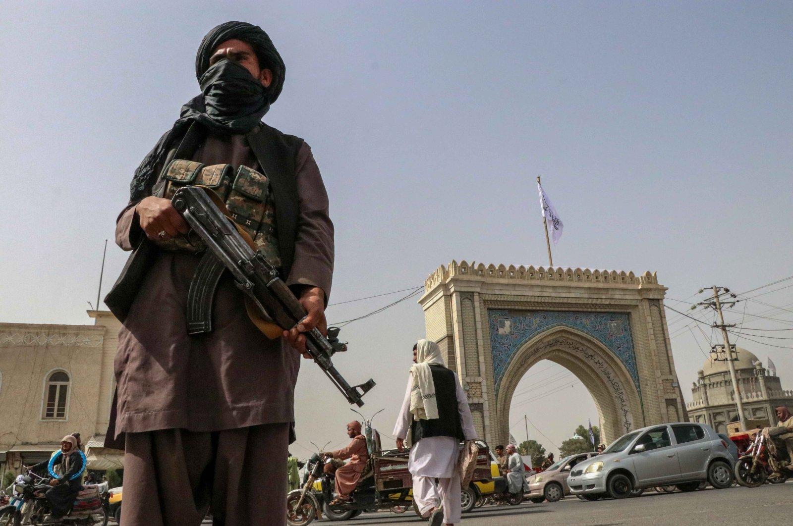 Taliban fighter patrols in Kandahar, Afghanistan, Aug. 17, 2021. (EPA Photo)