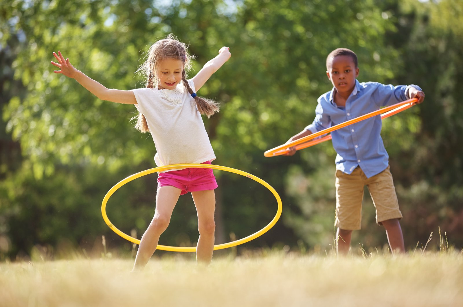 Experts say hula hoop is great for people living in apartments but that it's about more than just finding the right technique. (Shutterstock photo)