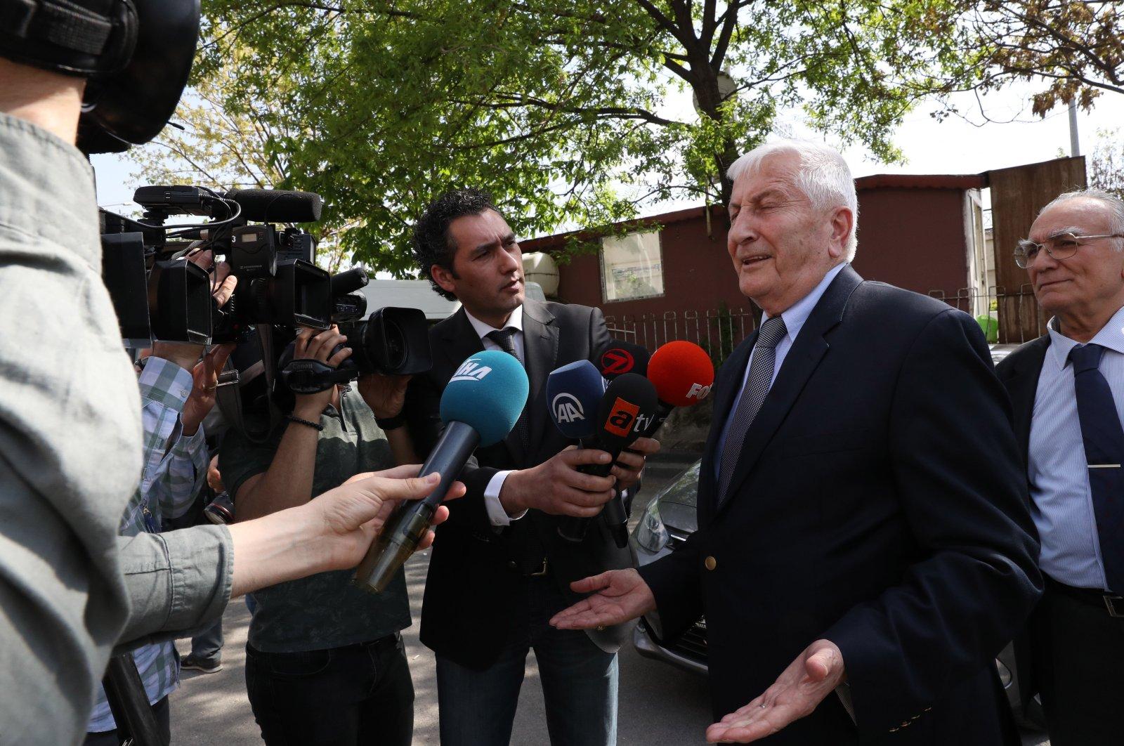 Former Gen. Çevik Bir speaks to reporters before a trial, in the capital Ankara, Turkey, April 13, 2018. (PHOTO BY ALİ EKEYILMAZ)