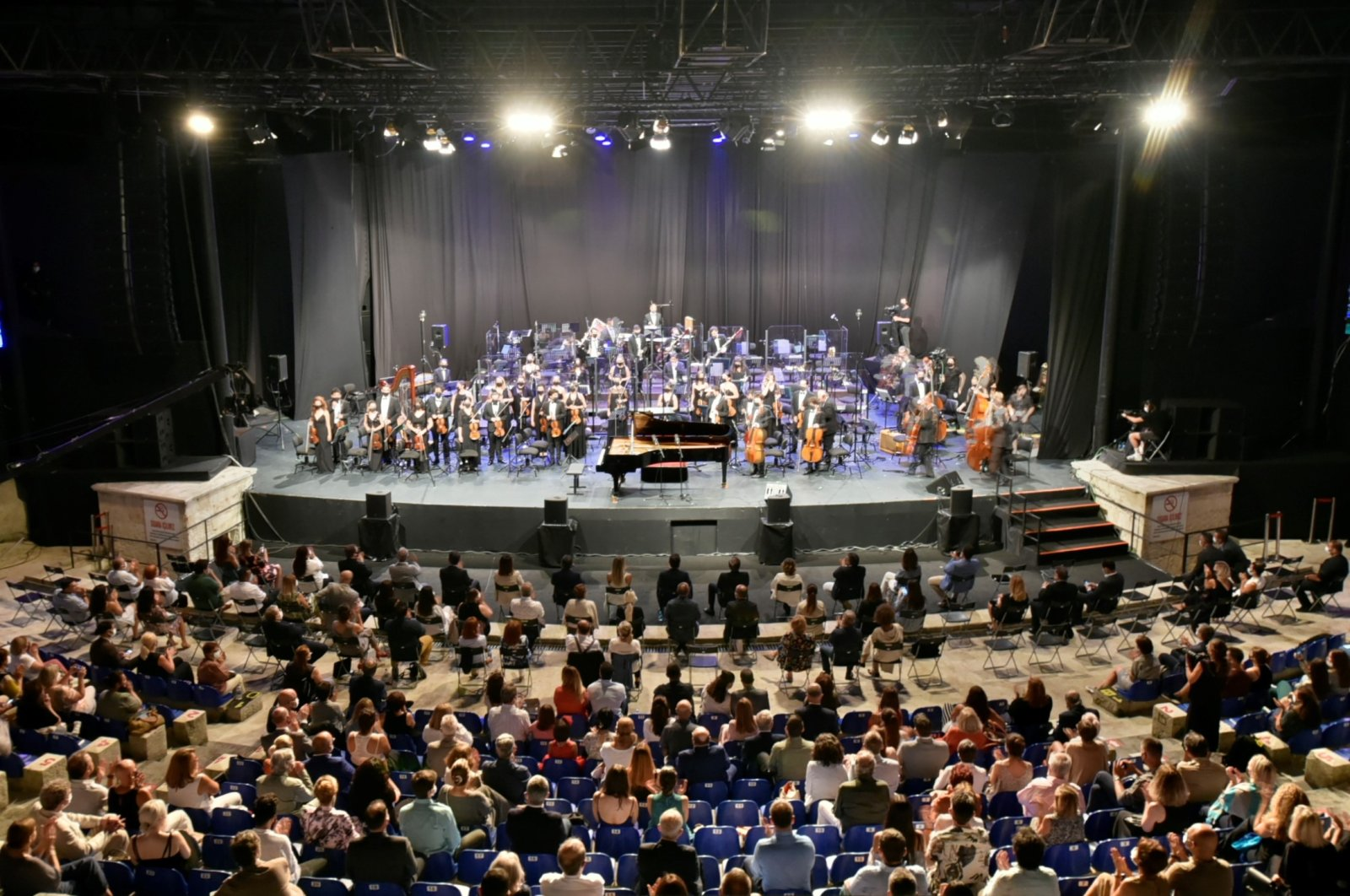 A photo from the opening concert of the 49th Istanbul Music Festival