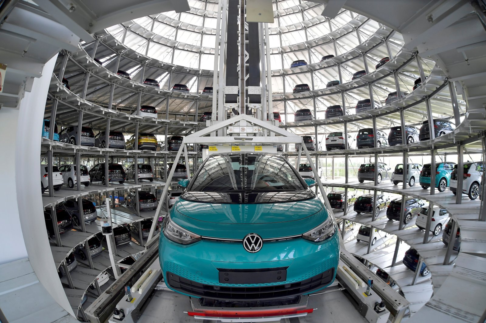 View of the depot tower of German carmaker Volkswagen's electric ID. 3 car in Dresden, Germany, June 8, 2021. (Reuters Photo)
