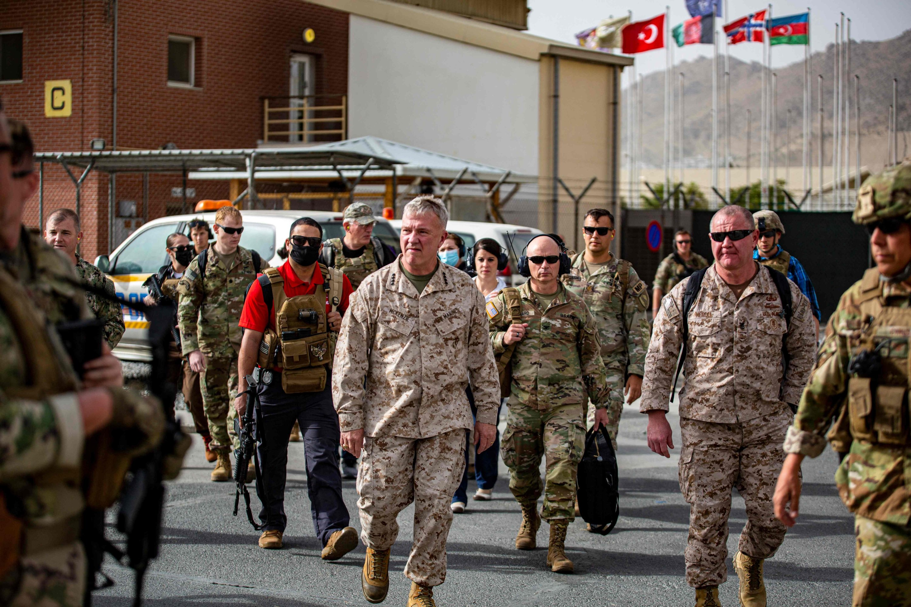 Commanding General of the U.S. Central Command Kenneth F. McKenzie touring an evacuation control center at Kabul Hamid Karzai International Airport, Afghanistan, Aug. 17, 2021. (AFP Photo)