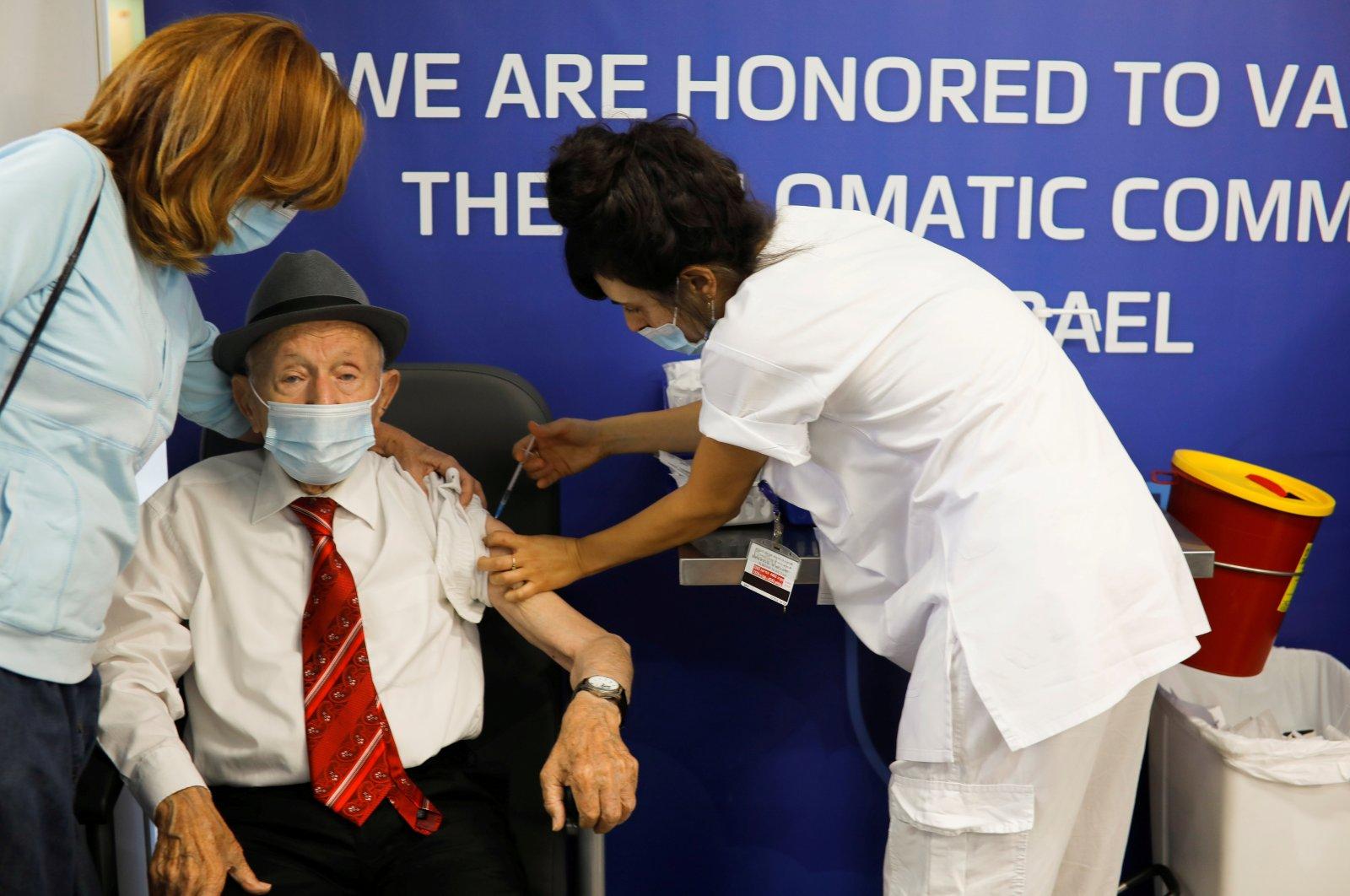 Holocaust survivor Yehuda Widawski, 102, receives his third dose of a COVID-19 vaccine at Sourasky Medical Center (Ichilov Hospital) in Tel Aviv, Israel, Aug. 1, 2021. (Reuters Photo)
