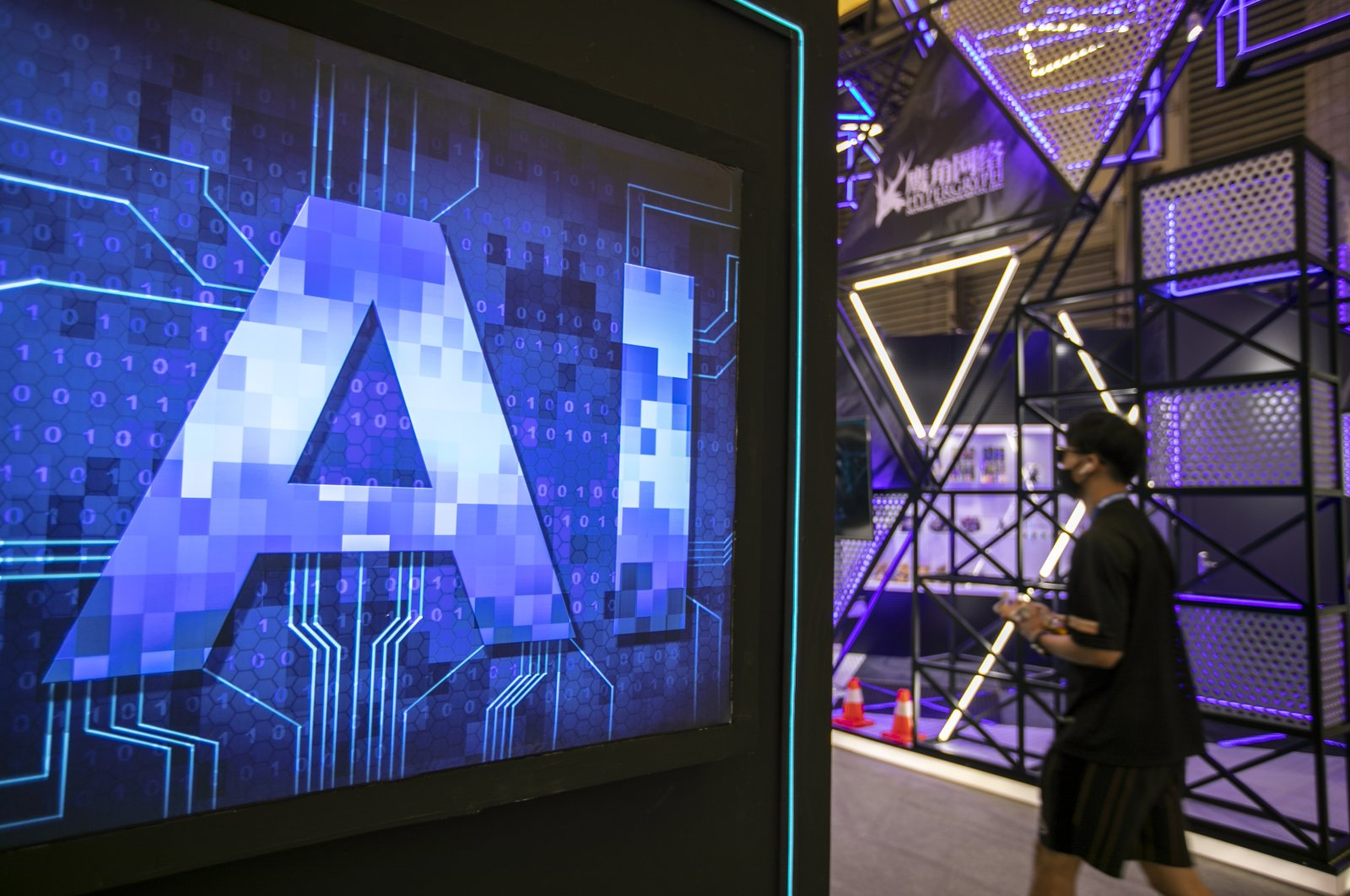 A visitor experiences artificial intelligence during the 2020 China Digital Entertainment Expo & Conference (ChinaJoy) at Shanghai New International Expo Center, Shanghai, China, July 31, 2020. (Getty Images)