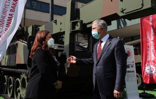 Turkish Defense Minister Hulusi Akar (R) together with Daily Sabah Ankara Bureau Chief Nur Özkan Erbay in Istanbul, Turkey, Aug. 20, 2021. (Courtesy of the Turkish Defense Ministry)