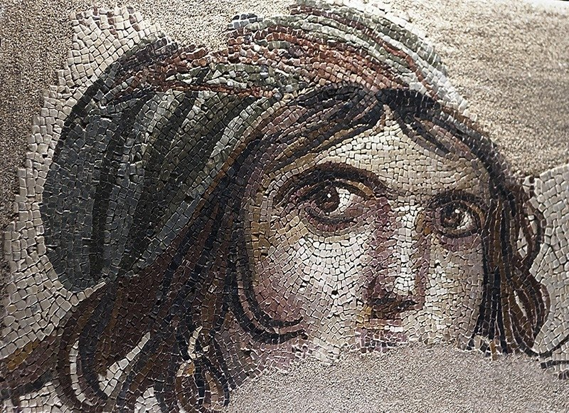 """The famous """"Gypsy Girl"""" mosaic, which was returned by a university in the U.S. to Turkey after 52 years, at Zeugma museum, Turkey, May 2018. (AA Photo)"""