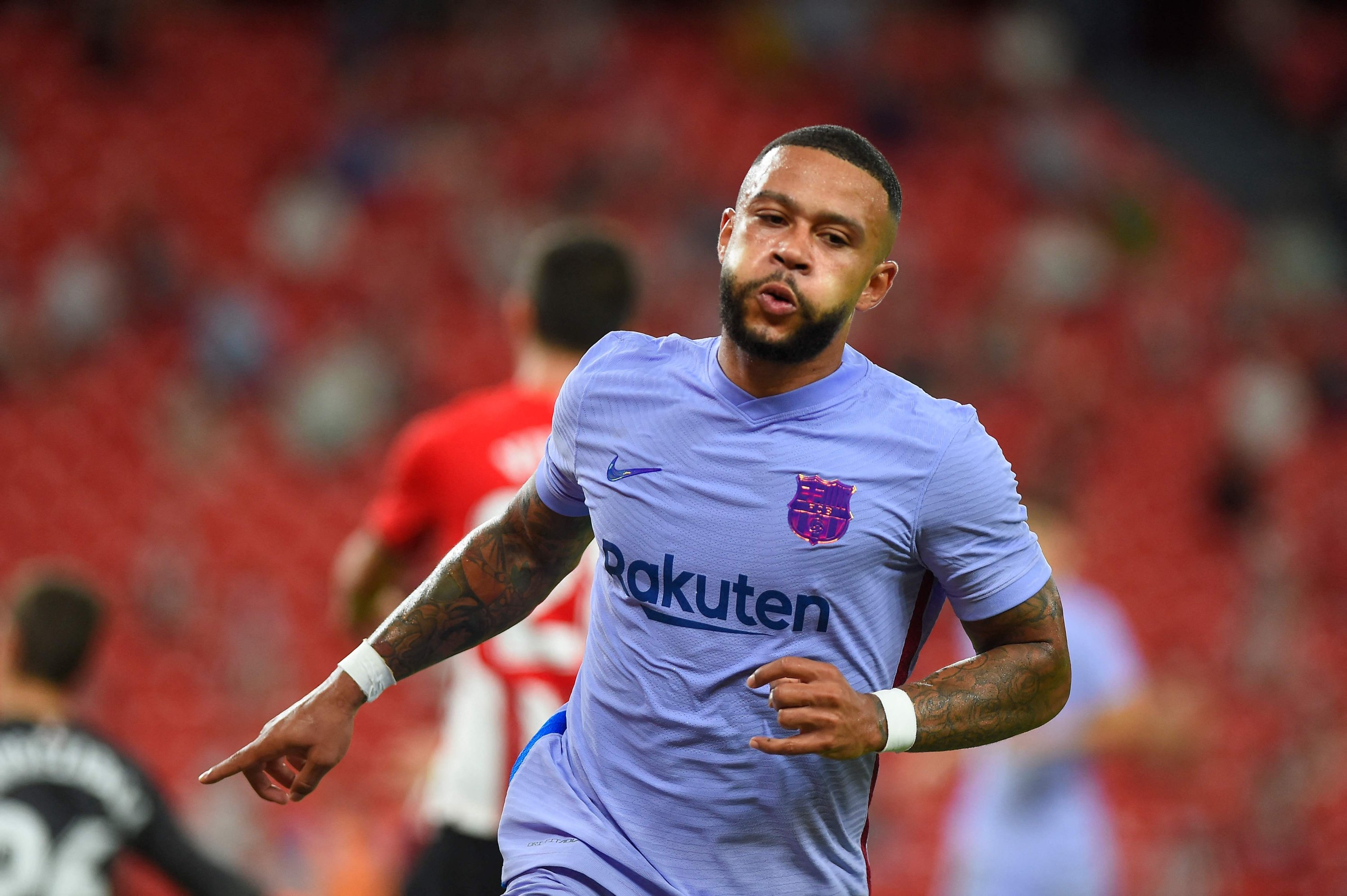 Memphis Depay scores maiden Barca goal to rescue draw at Bilbao | Daily  Sabah
