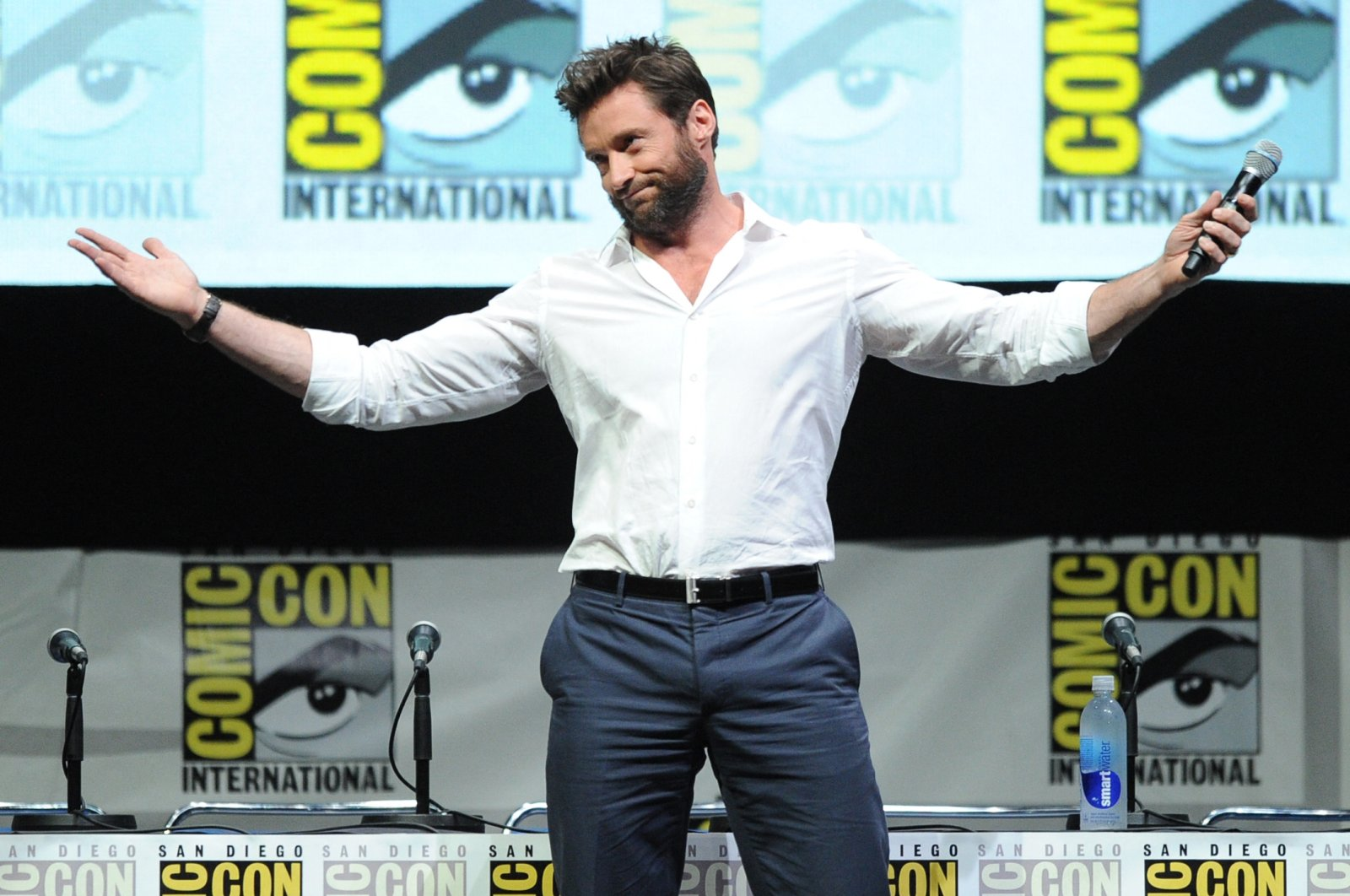 """Actor Hugh Jackman speaks at the20th Century Fox """"X-Men: Days of Future Past"""" panel during Comic-Con International 2013 at San Diego Convention Center in San Diego, California, U.S., July 20, 2013. (AFP Photo)"""