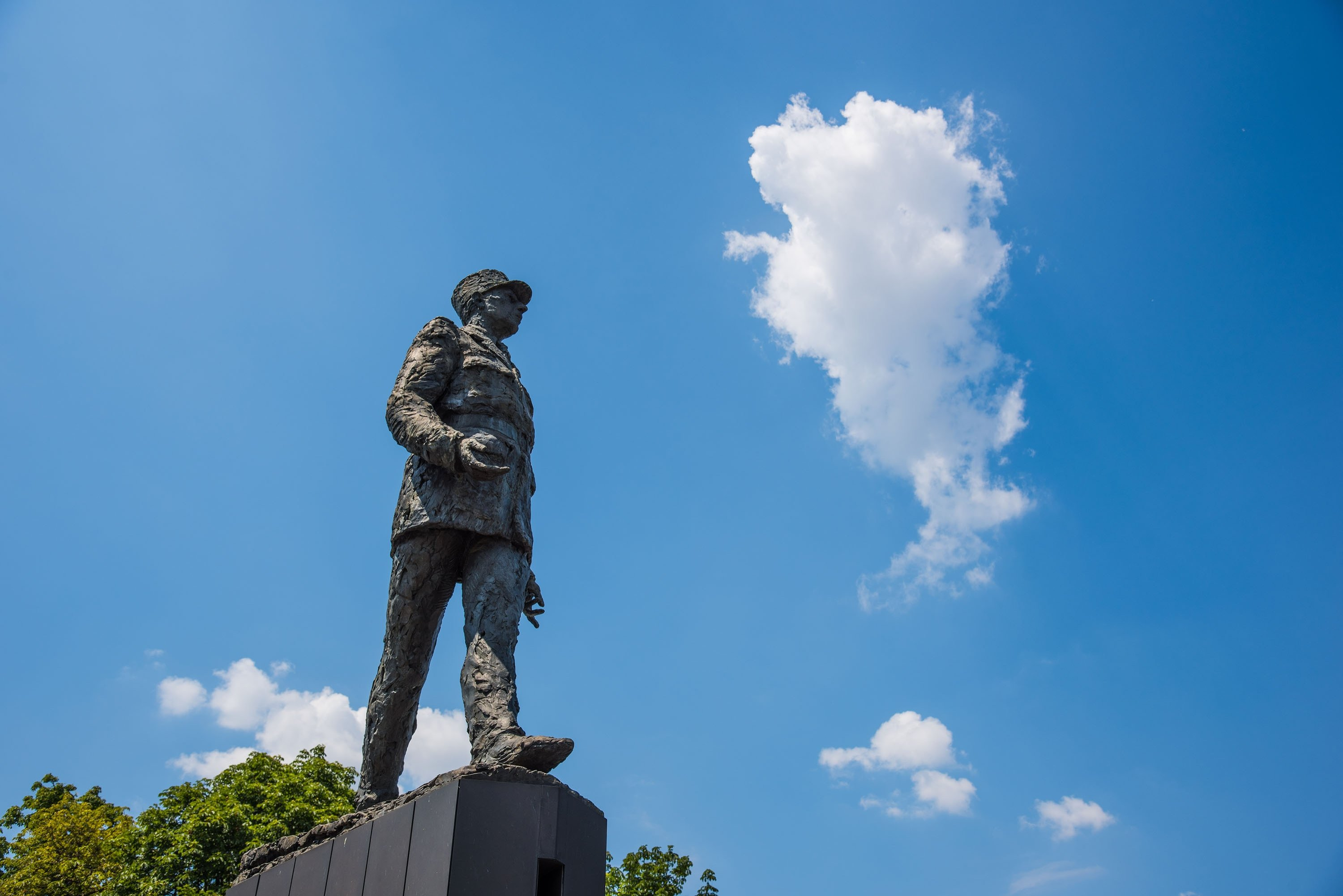 The Charles de Gaulle statue in Clemenceau, Paris, France, July 6, 2018. (Shutterstock Photo)
