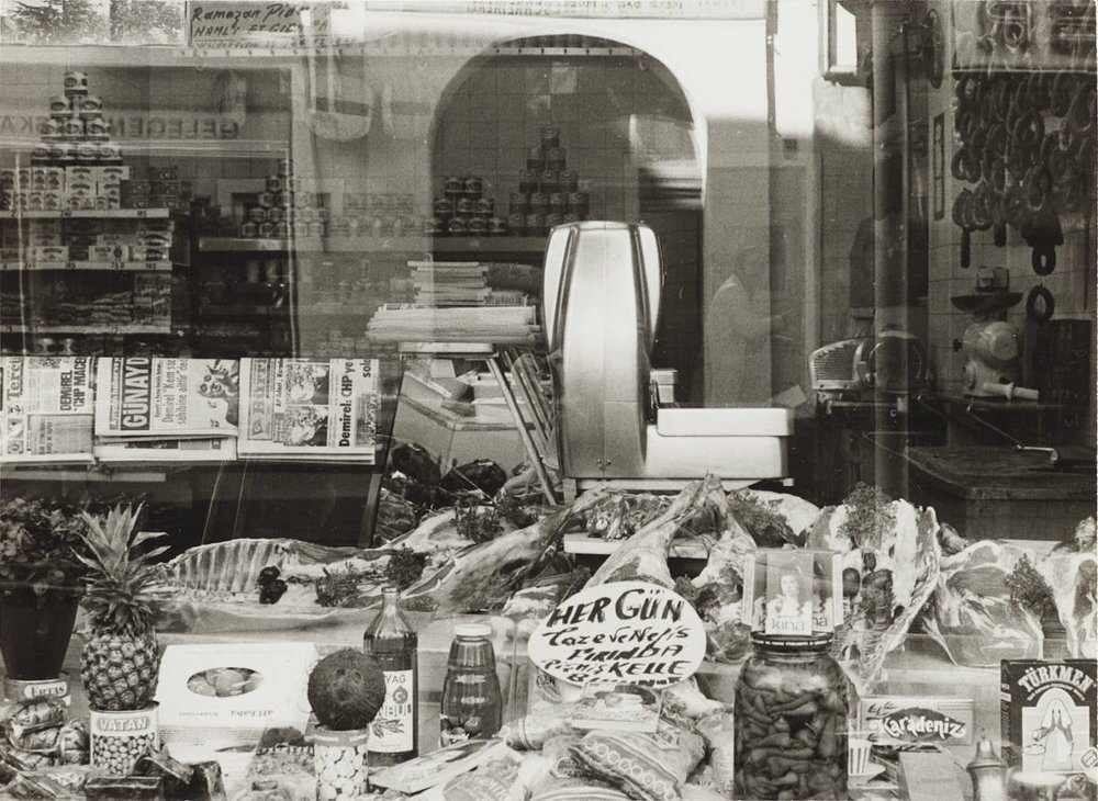 A shop in Weidengasse, Köln 1975. (Courtesy of Rheinisches Bildarchiv)
